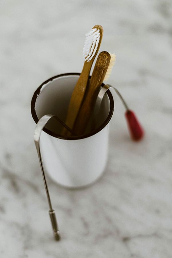 As escovas de dente de bambu podem ser enterradas após sua vida útil