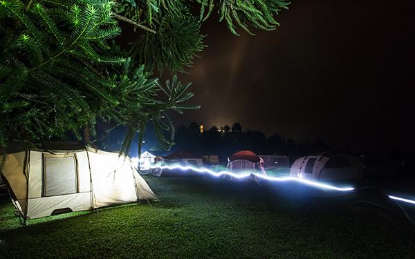 Barracas à noite