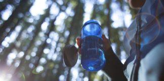 limpar garrafas hidratação
