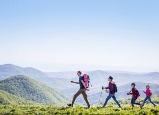 crianças trilhas