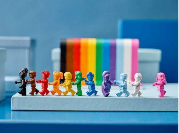 Lego lança set inspirado na comunidade LGBTQIA+