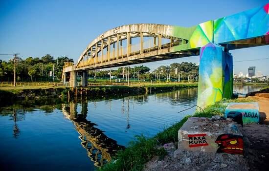 grafitti pela água