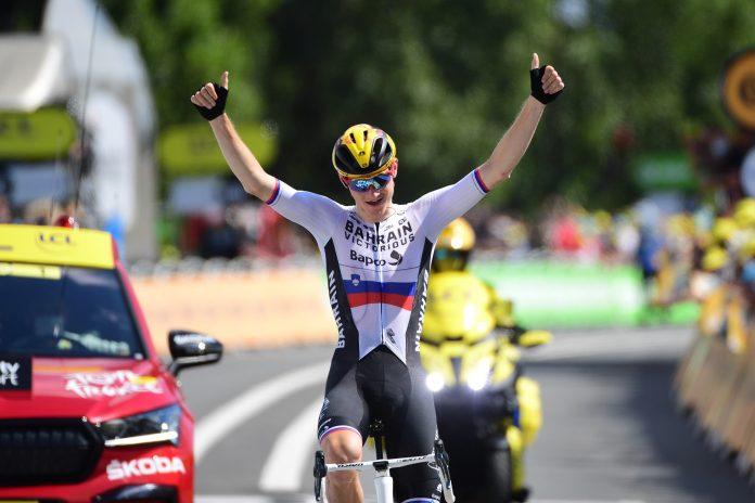 19ª etapa do Tour de France: Matej Mohoric vence e Pogačar segue líder