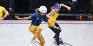 A 'Fadinha Rayssa Leal' garantiu a prata para o Brasil no skate street