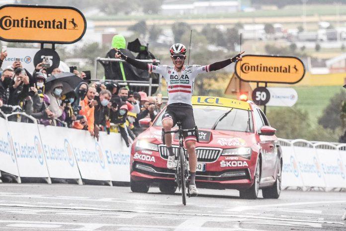 O austríaco levou a melhor e venceu isolado a 16ª etapa do Tour de France ao avançar por 30 km na liderança