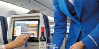 Companhia proibiu o consumo de álcool a bordo para conter incidentes violentos e 'mau comportamento' de passageiros