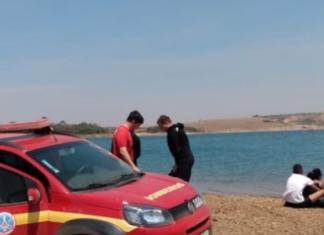 Mulher morre afogada em rio após tentar salvar cachorro