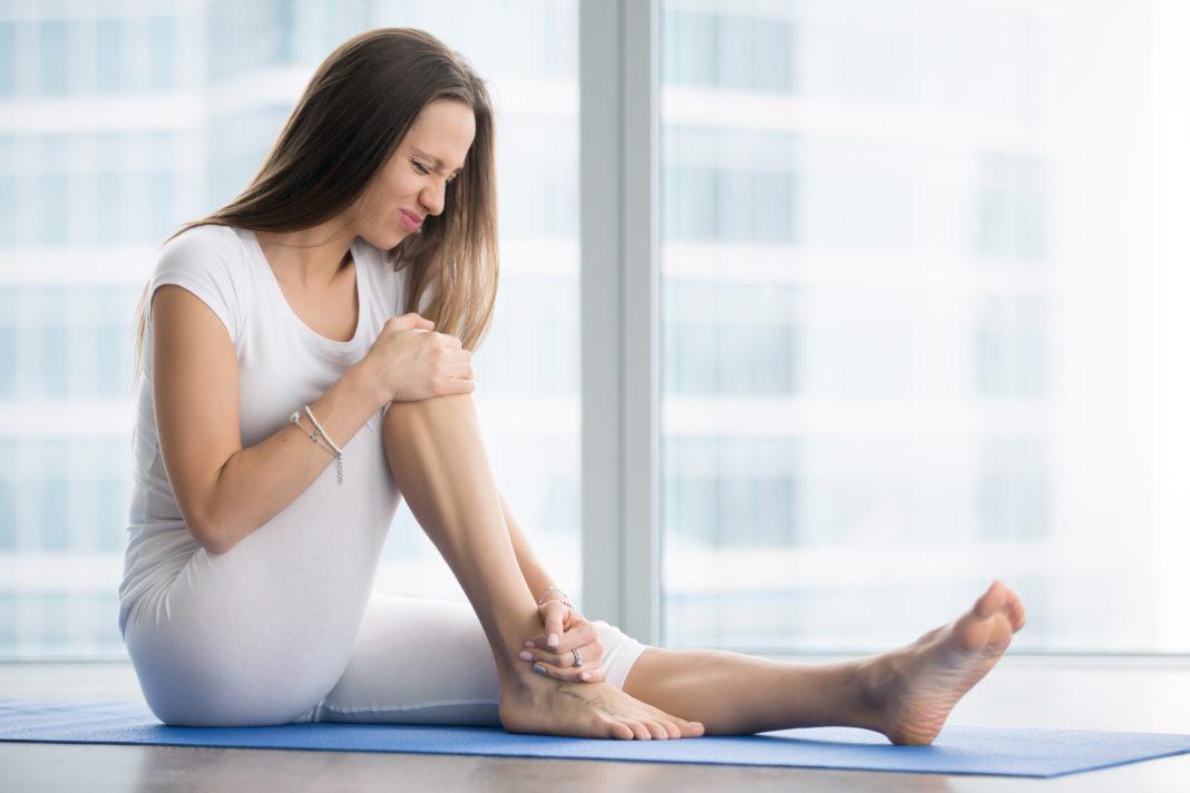 Como aliviar a dor no joelho? Veja alguns exercícios