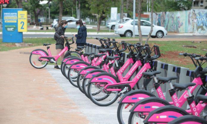 Brasília lança sistema de bicicletas públicas compartilhadas