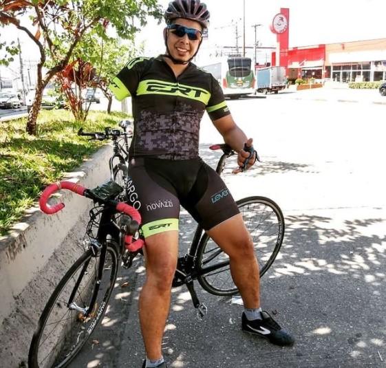 Após ter sido atropelado e perder o braço, ciclista treina para Paralimpíadas